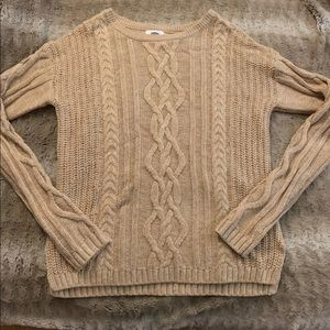 Beige old navy knitted sweater.